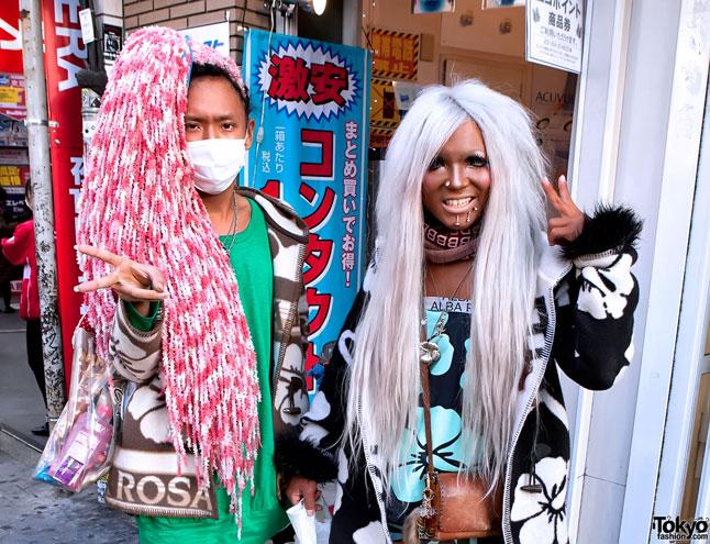 Ganguro-Shibuya-2011-02-13-G7657